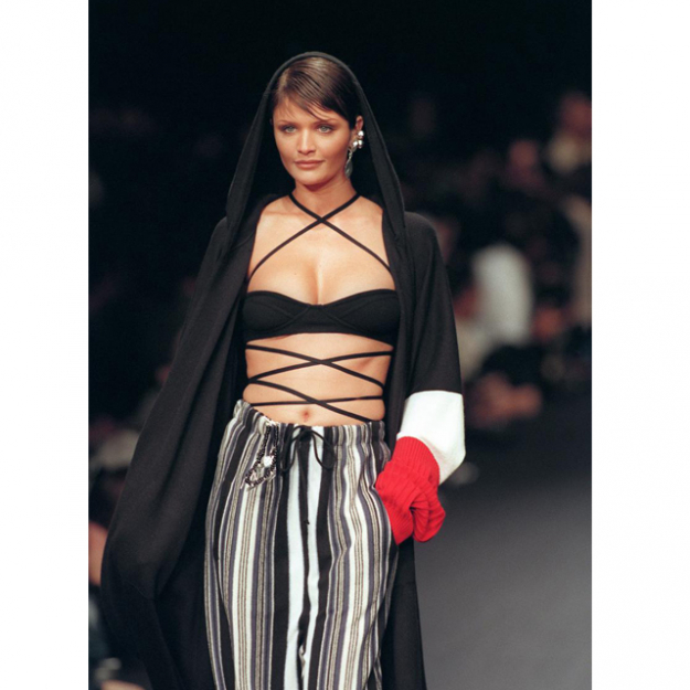 Helena Christensen on the Sonia Rykiel runway, Spring Summer 1994