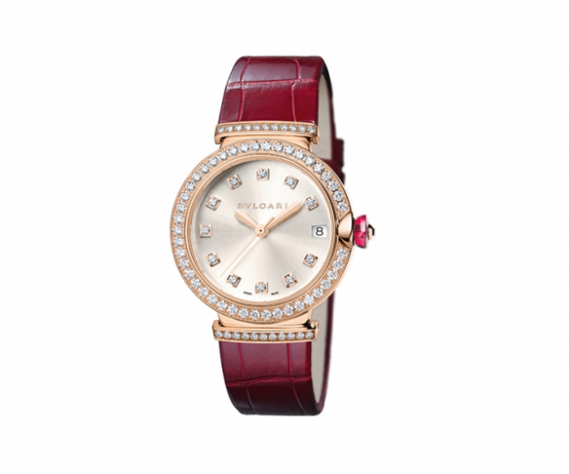 "Lucea watch with 33mm gold case, grey dial, alligator strap in Bordeaux and diamonds, waterproof 50m<p><a target=""_blank"" href=""http://www.bulgari.com/en-au/"">bulgari.com</a>&nbsp;</p>"