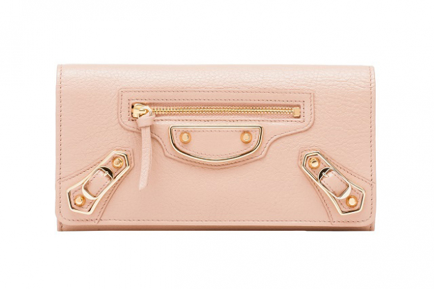"Balenciaga Holiday Collection Classic Metallic Edge Money Long wallet with flap top, snap closure and metallic edge hardware<p><a target=""_blank"" href=""http://www.balenciaga.com/au/metallic-edge-accessory_cod46431756vd.html"">balenciaga.com/au/metallic-edge-accessory</a></p>"