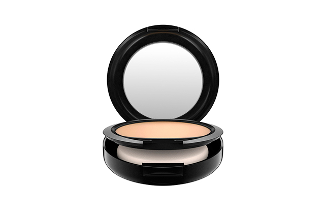 2.	Powder: M.A.C Studio Fix Powder Plus Foundation. This gives amazing coverage and sets my foundation in to last the whole day