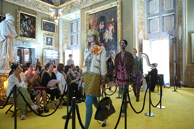 3.	Models walked on yellow carpet! (There's that famous Gucci quirkiness)