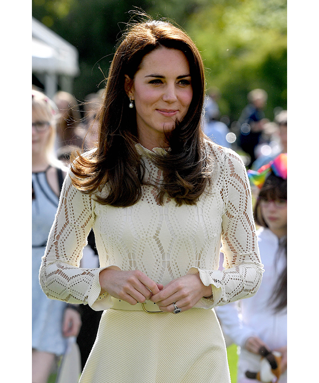 Kate Middleton Cuts Her Hair Gallery Of Her Hairstyles