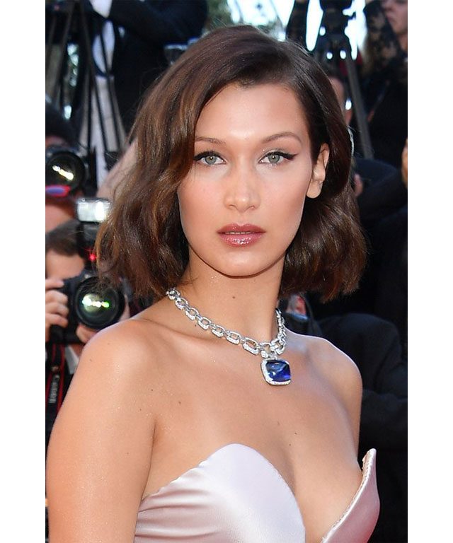 Bella Hadid: The Victoria's Secret model was the epitome of glamour with '50s waves, an exaggerated cat-eye and ultra-bronzed skin.