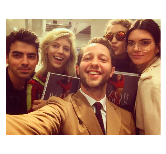 With Joe Jonas, Devon Windsor, Gigi Hadid and Kendall Jenner