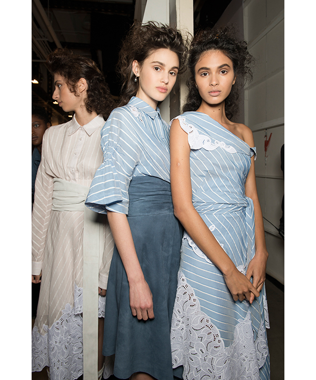Later on Sunday afternoon, American designer Jonathan Simkhai  presented a collection filled with his signature: cut-out lace detailing and softly structured silhouettes.