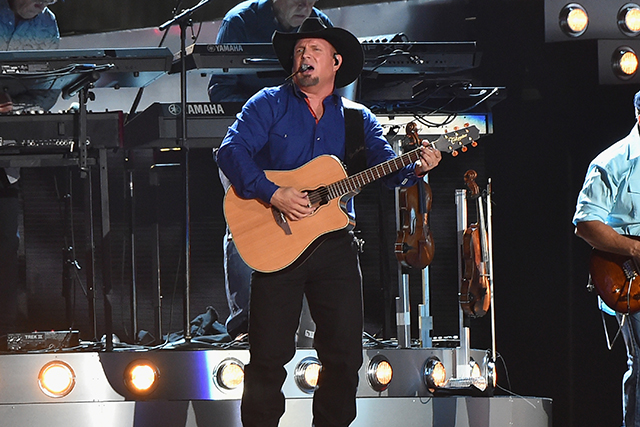15. Garth Brooks ($70m)