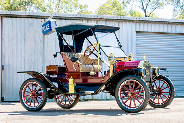 1913 Model T Ford – estimated at $32,000-38,000