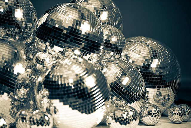 Saturday, September 24: Dance! Dance! Disco! Disco!. Tonight will see the Sydney Fringe Fest's Deloreon Disco hit the Kings Cross Hotel. It's just one of many discos that have happened this month for the eclectic fest, but being the closer, it's bound to be a large.