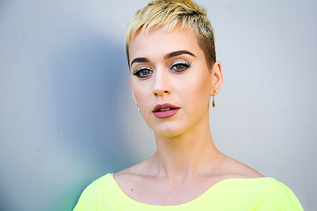 Katy Perry judge on 'American Idol' salary $25 million USD