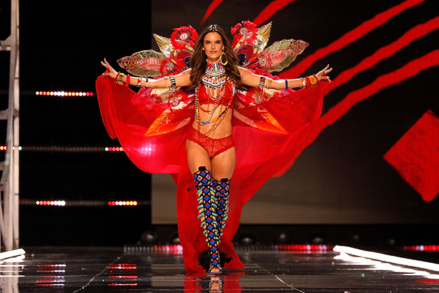 Alessandra Ambrosio's last time wearing the wings (image: Getty)