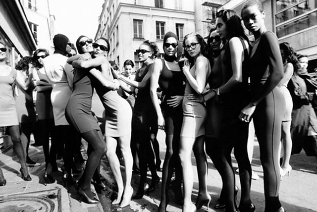 Alaïa invents 'body con' and everyone is wearing it (image: www.alaia.fr)