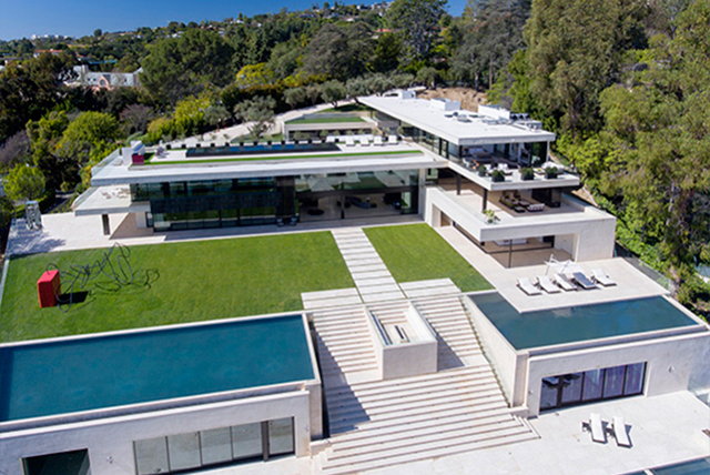 Jay Z and Beyoncé allegedly made a $120 mil USD offer on this house which boasts: eight bedrooms, 11 bathrooms, four swimming pools, a basketball court, separate staff quarters, a 15-car garage, a library, screening room, space for a recording studio, spa/fitness suite.