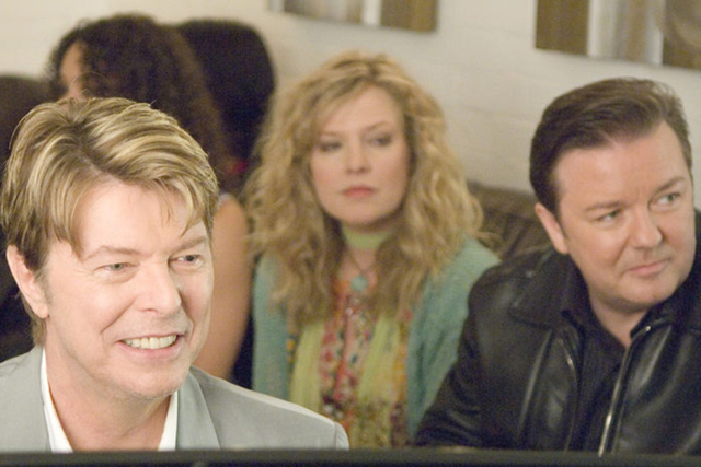 Another cameo, this time in Ricky Gervais' 2006 series 'Extras' - Bowie pens a spontaneous and spiteful ode to Gervais' character, titled 'Little Fat Man'.