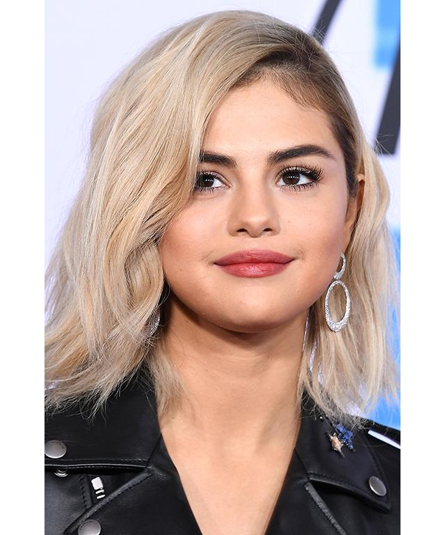 Selena gomez ariana grande kim kardashian instagrams popular 1 selena gomez selenagomez actresssinger 130 million followers image thecheapjerseys Image collections