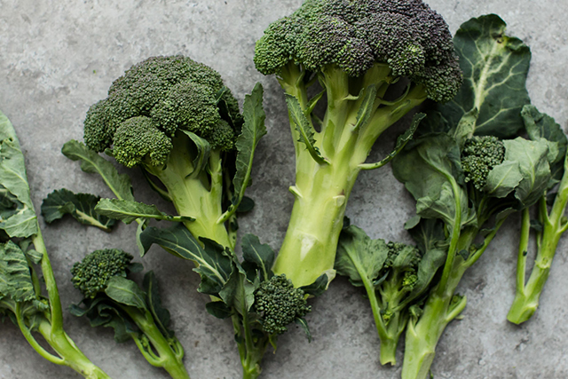 Broccoli. Cruciferous vegetables like broccoli boost glutathione levels and support both phases of liver detoxification.