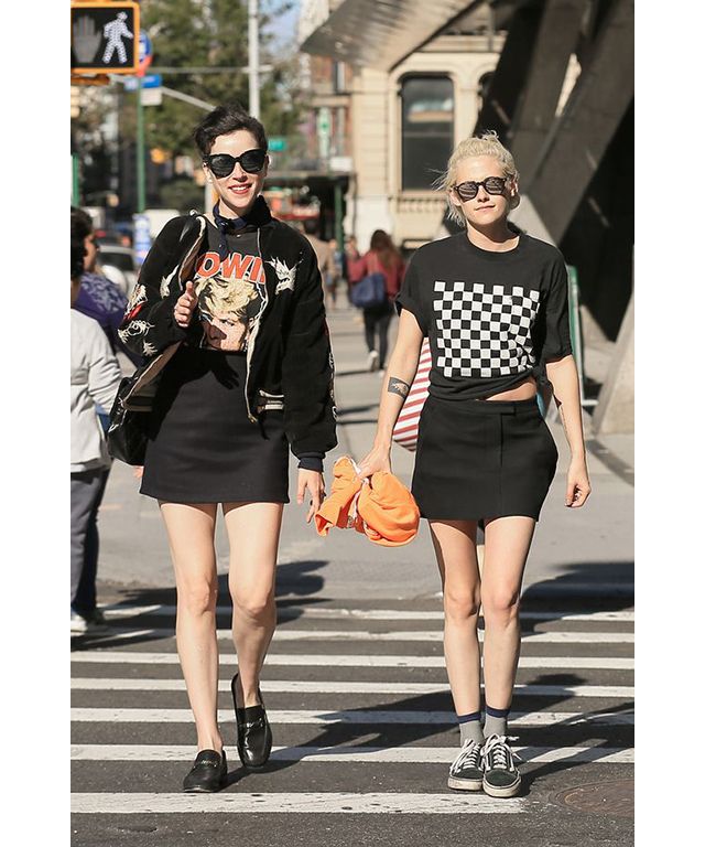 ...and in true Hollywood form is now dating Cara D's ex St Vincent