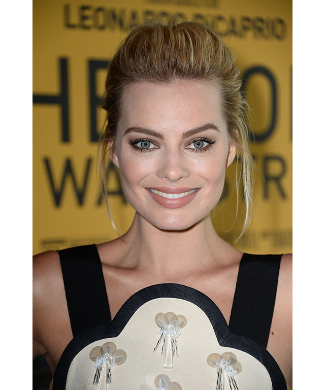 Margot Robbie The Face Of Calvin Klein S Sexiest Looks
