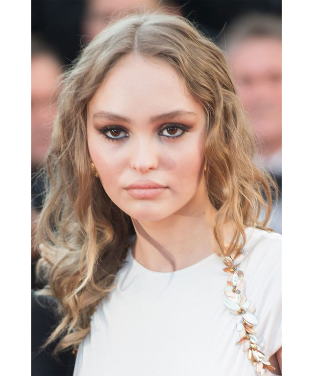 Lily-Rose Depp: This tween never makes a red carpet rookie mistake. Depp showcased a terracotta- bronzed smokey-eye teamed with goddess-like waves and a natural lip. Perfection.