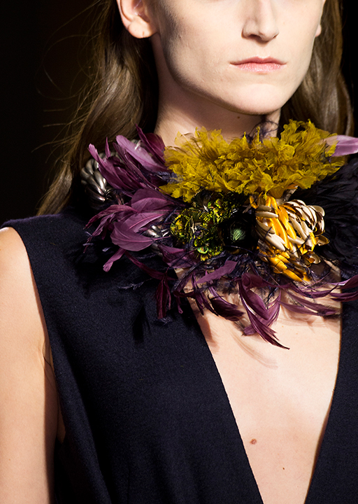 Dries Van Noten:  Statement neckpieces