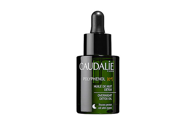 The face oil: Caudalie Polyphenol C15 Overnight Detox Oil