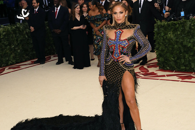 Jennifer Lopez wearing Balmain at the Met Gala 2018. Image credit: Getty Images.