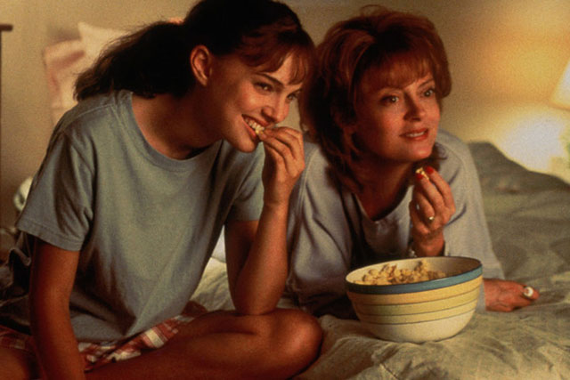 'Anywhere but here': Adele (Susan Sarandon) drags her reluctant daughter Ann (Natalie Portman) from a small town in Wisconsin to Beverly Hills to realise her dreams. Ann often ends up playing the parent and bringing her mother – who is prone to impulsive, self-absorbed behaviour - back down to earth. They eventually reach a place of understanding where Adele supports Ann in spreading her wings, and in doing so learns what she really wants from life.
