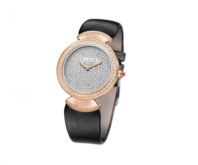 Diva watch with 30mm gold case and diamonds, waterproof 30m