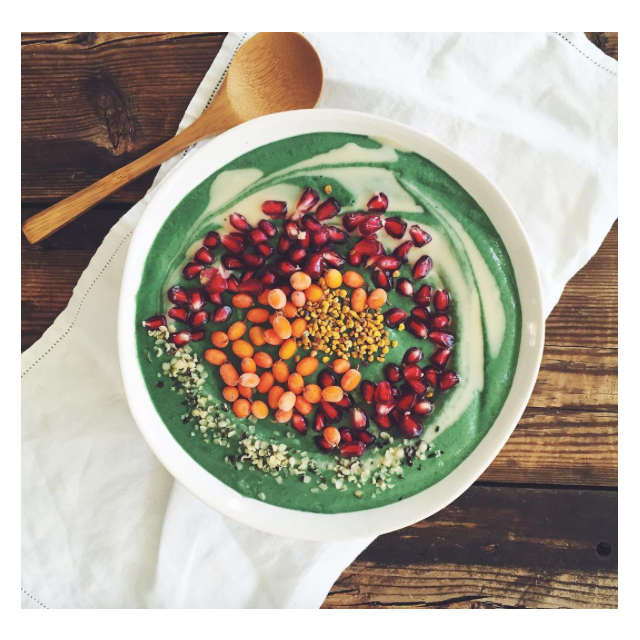 @mynewroots is just a simple food insta by a gal called Sarah B, you know, chatting food with 206K of her closest friends.