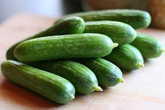 Cucumbers. Yes, the supermarket underdog of the list! Add them to juices or eat them raw, they're one of my secrets because they're anti-inflammatory and help to fight water retention.