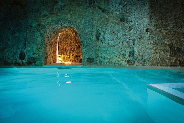 Great Dives 40 Of The World S Most Incredible Pools Buro