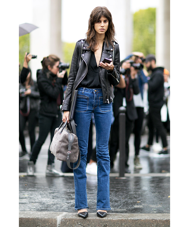 Mum jeans + leather jacket = practically the model off-duty uniform.