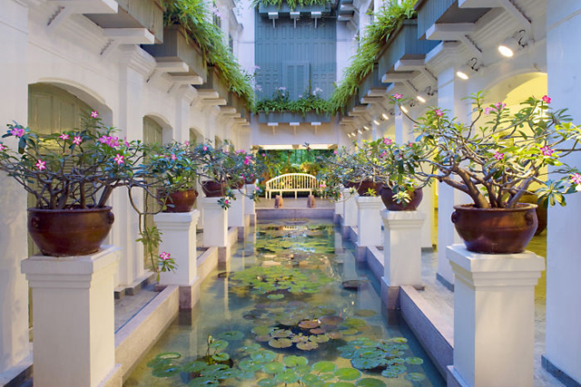 Mandarin Oriental Spa, Bangkok Thailand: All dark teak and low-fi lights, the Bangkok Oriental is everything you'd expect from an all-star luxe spa - from the Thai-led treatments to the sweet scent of the abundant fleurs - it's the ultimate unwinder.