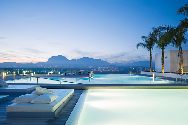 SHA Wellness Clinic Medical Spa Resort, Alicante Spain: The SHA in picturesque Alicante is a true temple to the body. 4000 square meters of sparkly white dedicated to rejuvenating bliss. It's the full body of work.