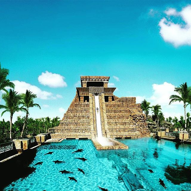 5. Atlantis Resort At Paradise Island (Bahamas)