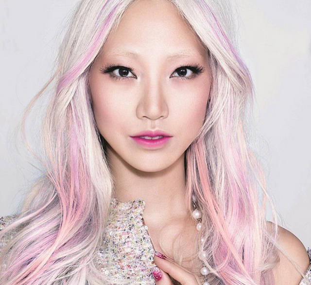 Soo-Joo Park signs as the new global ambassador for L'Oreal Paris