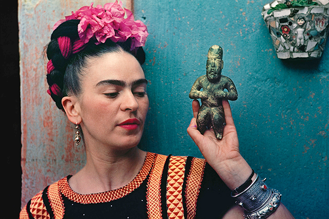 There's a Frida Kahlo/Diego Rivera exhibit coming to Sydney!