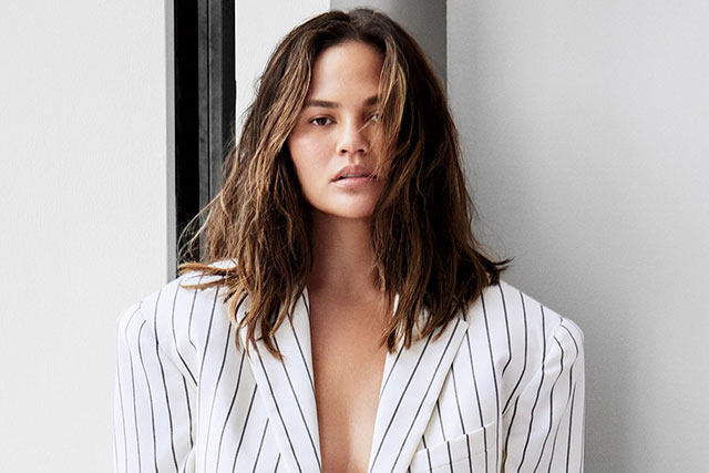 Chrissy Teigen reveals she has postpartum depression