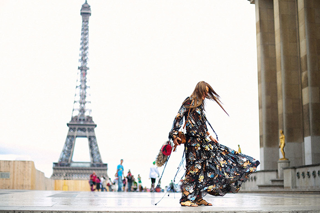 Paris unveils plans to boost tourism – and it includes shopping!