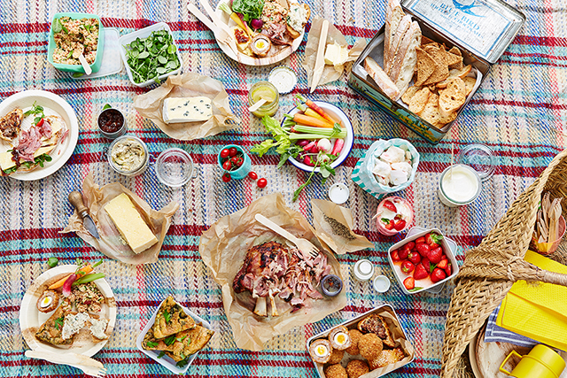 Click through fro 10 secret Sydney picnic spots