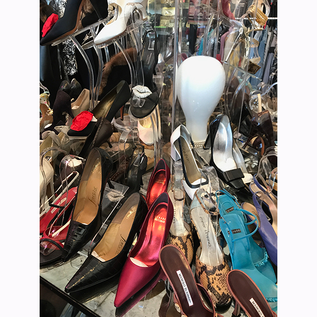 "Catwalk on Fairfax: Great for a designer vintage purchase. They have some beautiful one-off pieces & accessories from designers like Gucci, Hermes & Chanel.<p><span style=""font-size: 10pt;"">Catwalk:&nbsp;459 N Fairfax Ave, Los Angeles, CA 90036, USA</span></p>