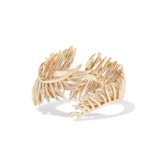 "Eddie Borgo cuff. Perfect for: Derby day - pair with Alexis dress and black Jimmy Choo heels<p><a href=""https://www.theoutnet.com/en-AU/Shop/Designers/Eddie_Borgo"" target=""_blank"">theoutnet.com/en-AU</a></p>"