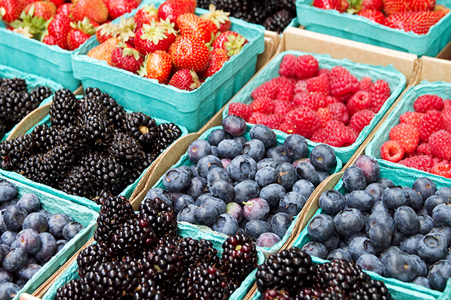 Fave foods: berries (either blueberries, strawberries or raspberries). Perfect for a light snack or with some yogurt for dessert. Loaded with antioxidants and high in fibre.