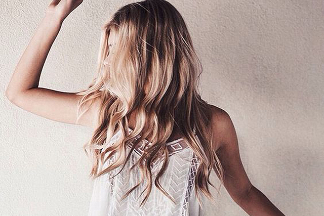 #4 Long boho hair. Image: Pinterest/Dinda Anindya