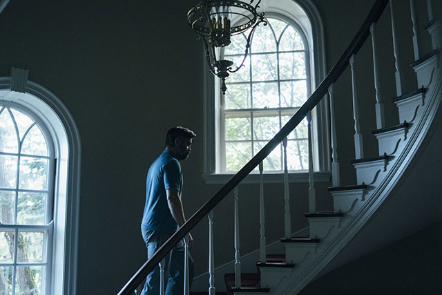 4.The Killing of a Sacred Deer: This is for your psychological thriller aficionados.  Starring Hollywood heavyweights Colin Farrell, Nicole Kidman and Alicia Silverstone, 'The Killing of a Sacred Deer' follows the twisted story of a surgeon who meets a teen boy and sinisterly becomes involved in he's life.