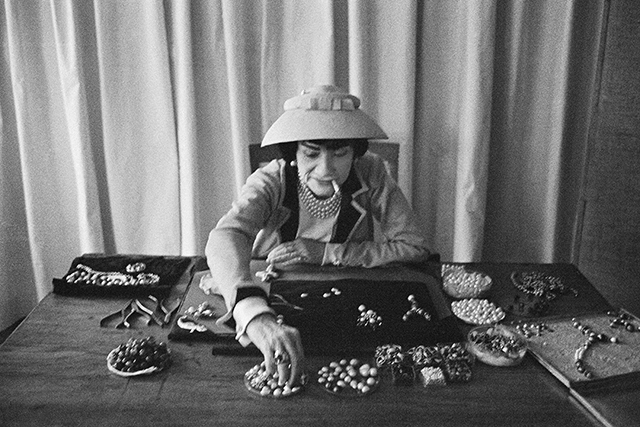 Coco Chanel (© Mark Shaw mptvimages.com)