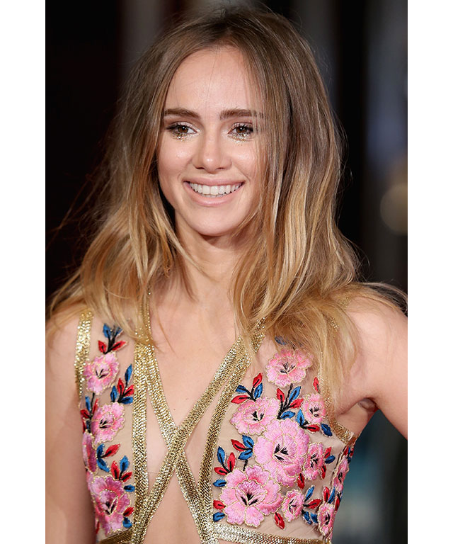 "Suki Waterhouse recently told Us Weekly that she rinses her hair with Coca-Cola, to give freshly-washed hair some added texture ""Coca-Cola makes it tousled, like [she's] gone through the Amazon or something."""