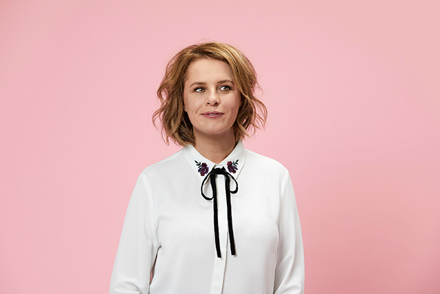 "Helen Bidou in Enter The Spinnaker Lounge: Bidou, aka Anne Edmonds, is the breakout star of ABC-TV's Get Krack!n and the most brilliant/slightly poignant pastiche of every trying-that-bit-too-hard home shopping/tvsn pitchwoman you've ever seen.<p>Tickets: <a target=""_blank"" href=""https://comedy.com.au/tour/helen-bidou/"">comedy.com.au</a></p>"