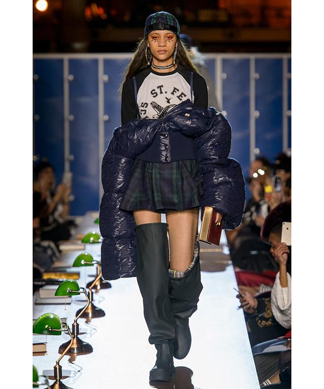 outlet store 6a9e9 d1d38 Paris Fashion Week recap: Rihanna's Fenty x Puma, McQueen ...