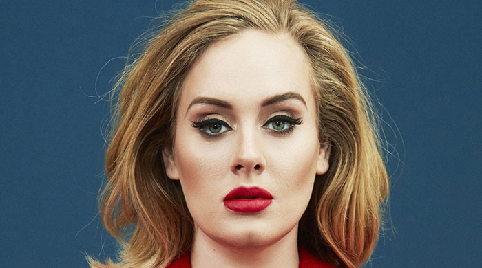 Adele's makeup artist reveals how to create her eyeliner