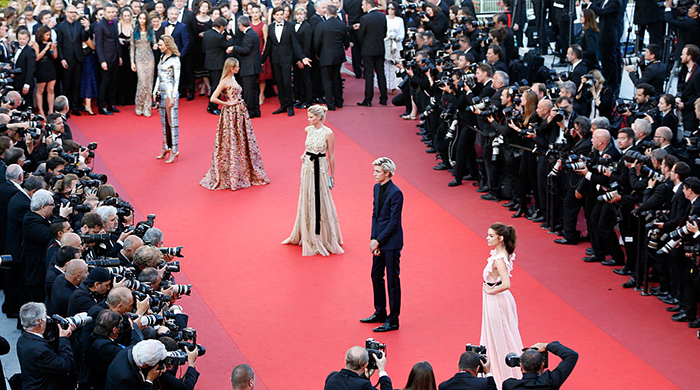 Cannes red carpet: the models have arrived!